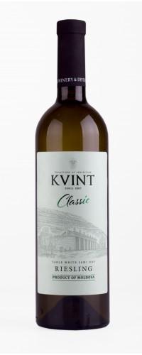 Вино Kvint Riesling Рислинг полусухое белое
