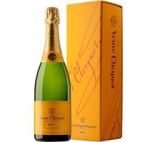 Шампанское Veuve Clicquot Brut 0,75л в подарочной упаковке